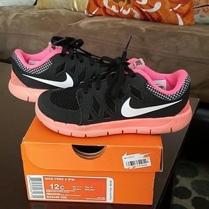Auth Nike Free 5 (PS) For Little Kids